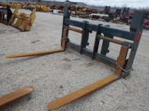 "JRB 96"" x 72"" Wheel Loader Forks"