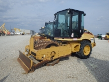2005 Cat CP433E Padfoot Roller