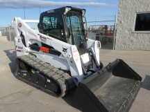 2016 Bobcat T870 - High Flow