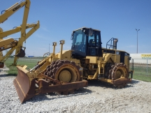 2003 Cat 825G Series II Padfoot Roller