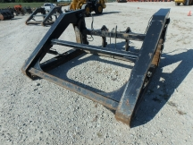 "2012 JRB 106"" x 72"" Wheel Loader Pipe Clamp"
