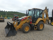 2016 Cat 420F2 IT w/Hyd. Thumb